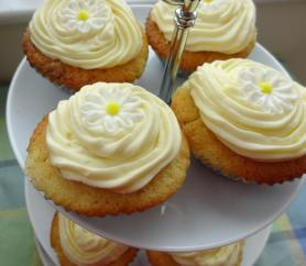 White Chocolate & Lemon Cupcakes